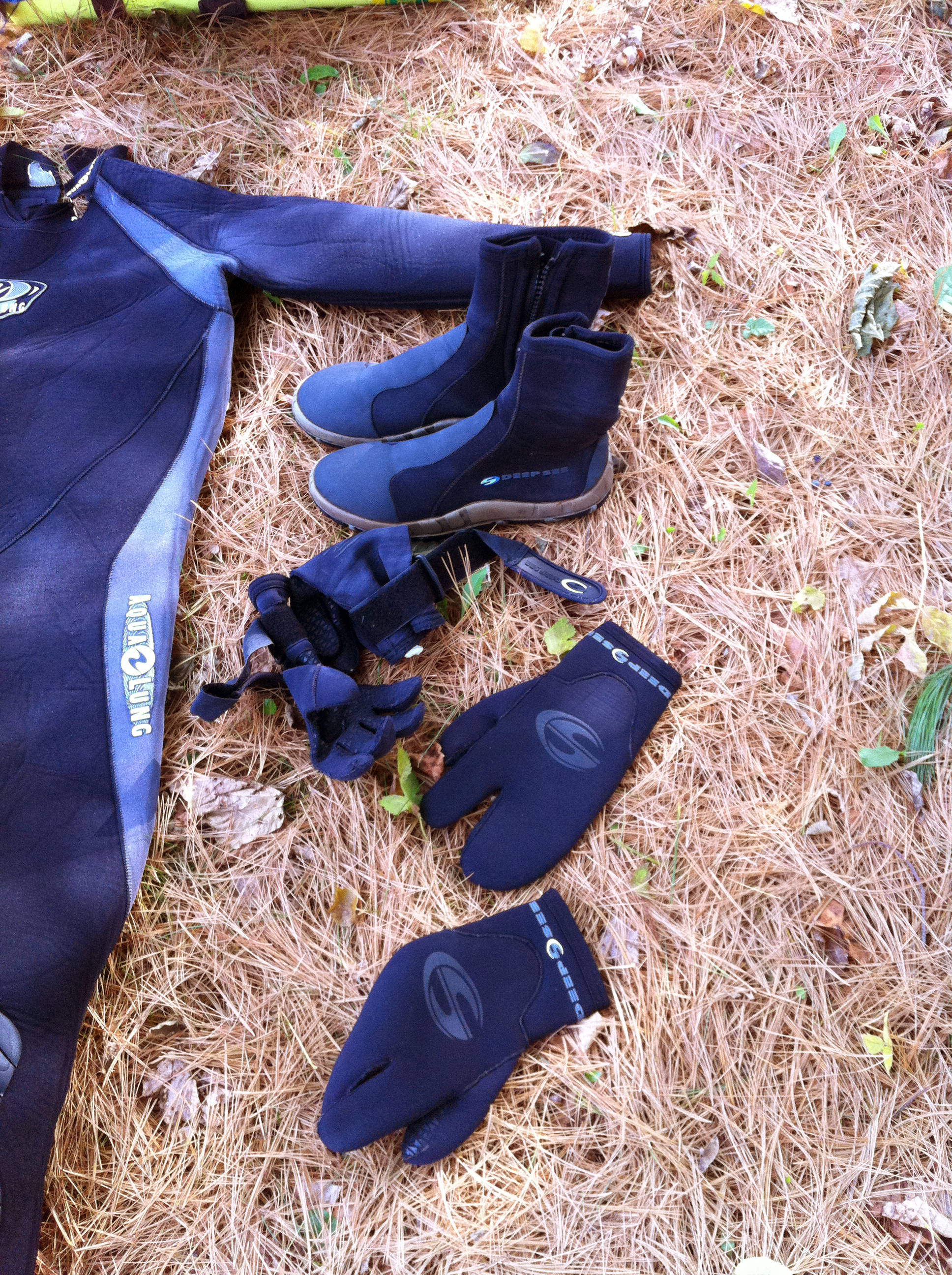 Darrin's Dive Gloves and Boots